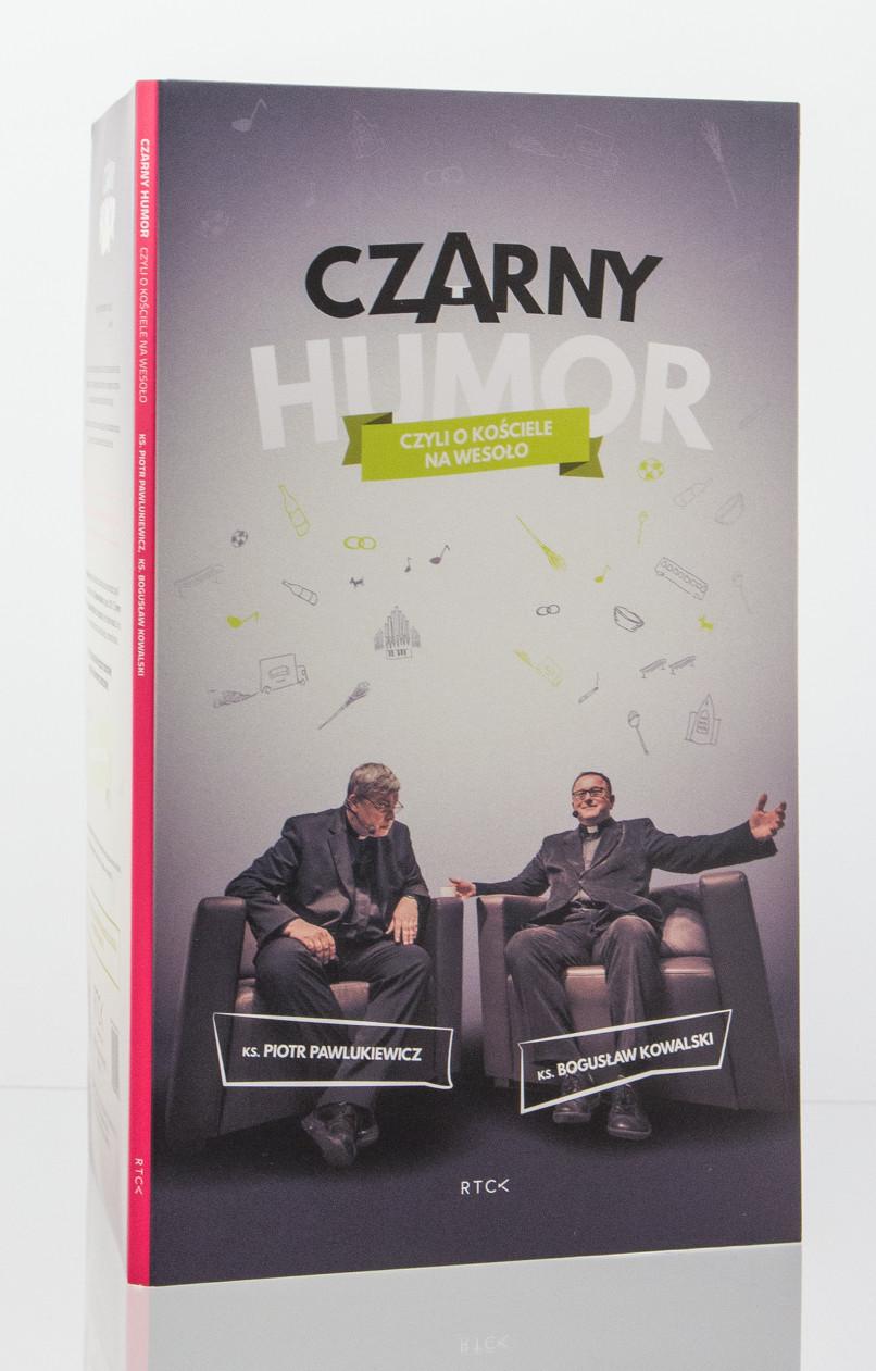 czarny-humor-pawlukiewicz-okladka
